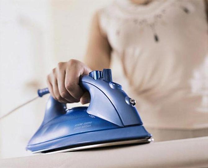 10 необычных способов применения утюга до которых суждено додуматься не каждому