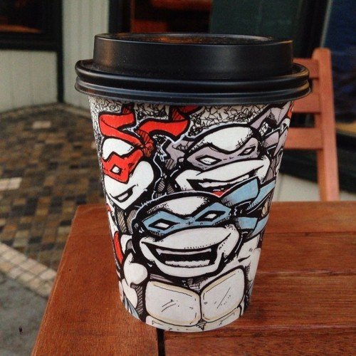 Рисунки на стаканчиках