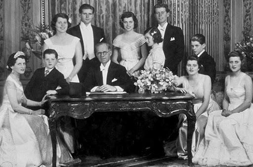 Тайны известных семей