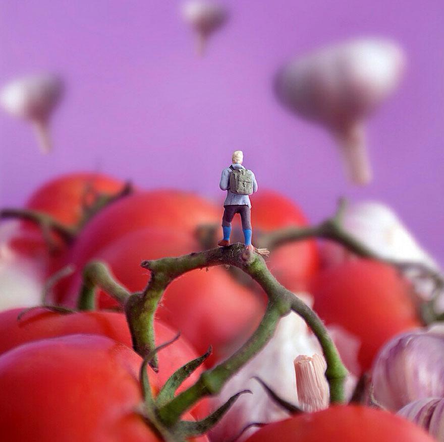 Маленькие человечки в мире еды