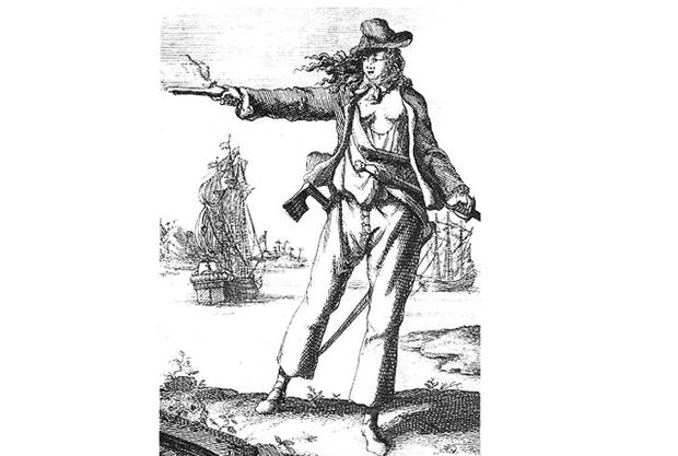 9 женщин-пиратов