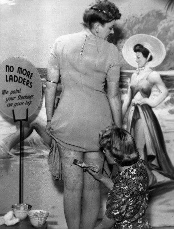 Откуда у женщин пошла мода на бритые ноги