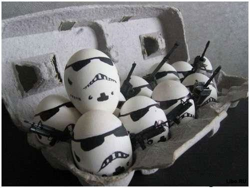 Они следят за вами, из холодильника :)