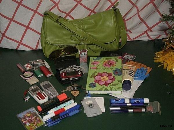 Фото 5, Содержимое женской сумочки (14 фотографии).